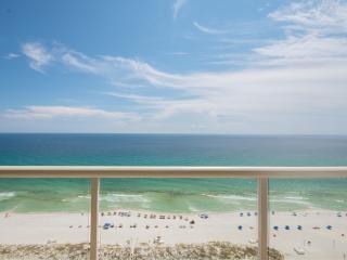 Gulf Coast Luxury Beach Front Vacations by BeachBumBB -HUGE 4,657 sq ft, Pensacola Beach