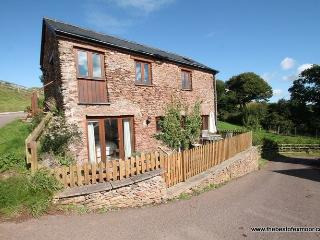 The Granary, Luxborough - Converted barn on a working farm in beautiful Exmoor