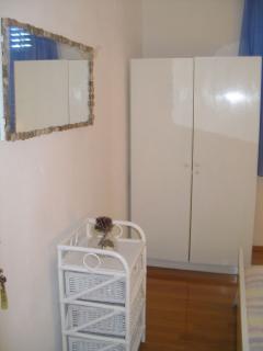 A4(10): bedroom