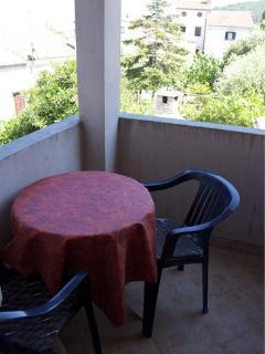 A2(2+1): balcony