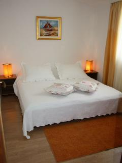 B2(4+1): bedroom