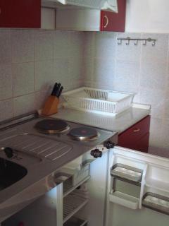 D(2+2): kitchen