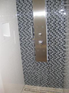 A3 C2(4): bathroom with toilet