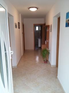 A1(5+1): hallway