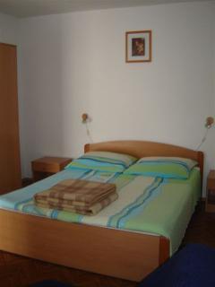 A2(2+2) Mali: bedroom