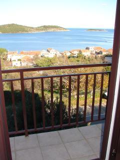 A3(4): balcony