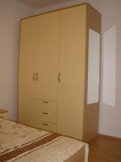 A1(2+2) smeđi: bedroom