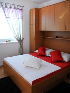 A5(4+2): bedroom