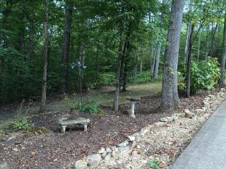 Private Hilltop Wooded Setting