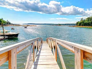 Hidden waterfront retreat w/ private dock and rocky beach, East Boothbay