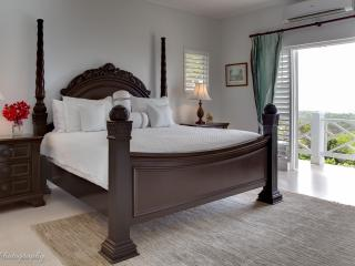 1-Colonial Suite king bed