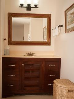 6-Bamboo Suite vanity