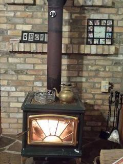 Wood stove heats up fast to keep you cozy in the winter