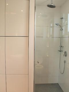 A4 Luxury Trogir (6): bathroom with toilet
