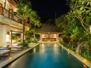 La Bali Villa 2 of 4 Bedrooms, Sanur