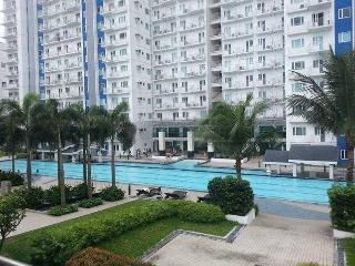 *Sm Mall North Edsa w/ 2 Balconies in Quezon City