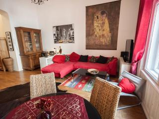 Luxury Izabella, Budapeste