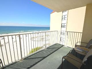 Clearwater 4D~W. Corner Beachfront Condo, Open Views~Bender Vacation Rentals