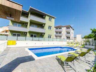 New great apartment with pool -s3!!, Okrug Gornji