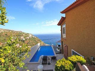 Glory Ocean Villa