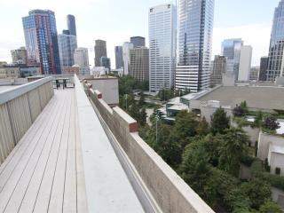 Downtown Seattle Convention Center Penthouse Suite