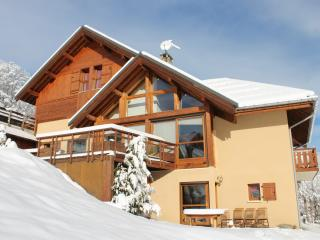 "Grands appartements en Chalet ""Le Gros Grenier"""