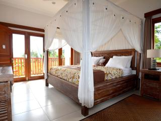 Duluxe bedroom villa santai karangasem