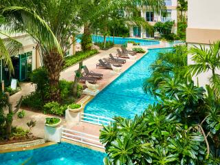 LAGUNA POOL RESORT 1 bedroom condo,Pool View!, Pattaya