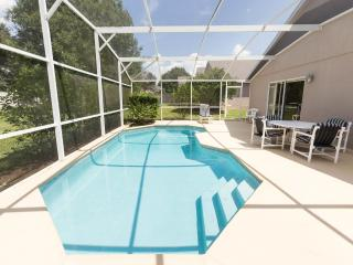 4 Bedroom Pool Home, just 15 minutes from DISNEY, Orlando