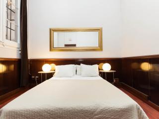 THEVINTAGERENTALS  Deluxe 5 bedroom Suite - Bonavista