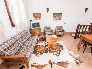 Casa Lola y Juan, Atelier, Haría