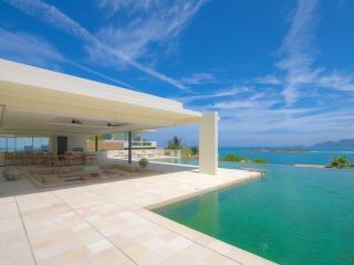 Villa with Stunning Views of Sea!, Surat Thani