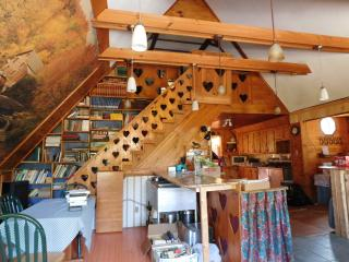 Skiers & Snowmobilers  Welcome Farmhouse in Maine, Rumford