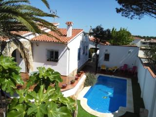 Delightful Villa close to the beaches - PALMERA, L'Escala