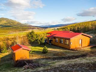 Hamragil - A Quality Cottage with a View, Akureyri