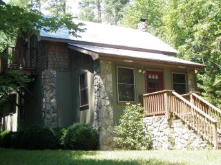 Bear Den Cottage, Robbinsville