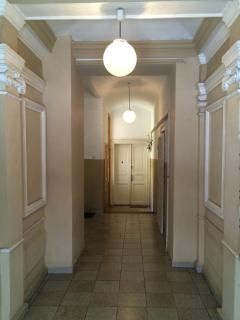 entry hall, groundfloor