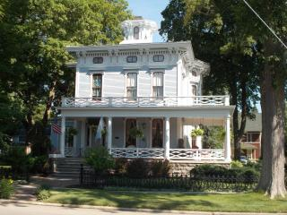 DeLano Mansion Inn, Allegan