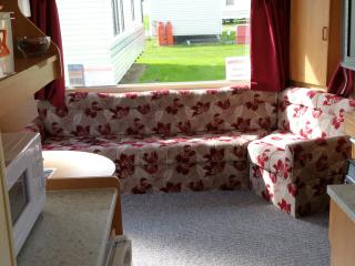 Park Resorts Static Caravan 2 Bed Near Clacton, Clacton-on-Sea