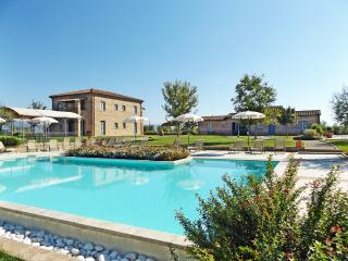 La Fiorita Farmhouse Cortona,Apartment Margherita