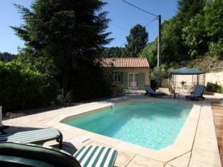 HOUSE WITH SWIMMING-POOL FOR 4 PEOPLE By Hollystay, Les Salles-du-Gardon