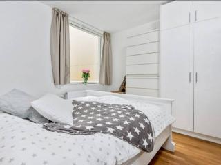KG19- the city center spacious bright 1BD/1BA 4ppl, Oslo