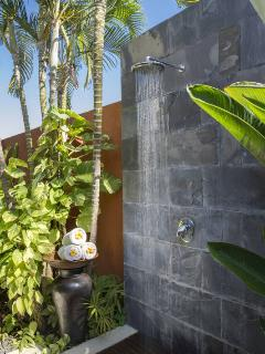 Thai Suite Outdoor Shower at Astika Toyaning