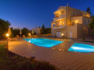 Villa Joanna, Prinos
