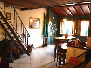 caratteristico appartamento toscano vicino Firenze