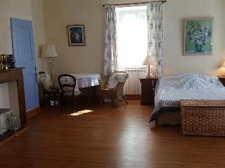 2 chambres d'amis et 2 salles de bain, Trie-sur-Baise