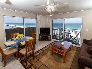 PI 401-Fantastic 2B/2Ba gulf front corner condo!  HDTVs, free Beach Service