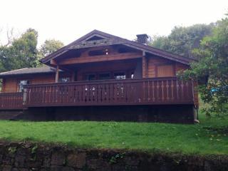 3 bedroom wooden lodges Southside Loch Awe
