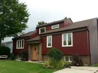 Executive 5 Bedroom 2 Bath House, Moncton