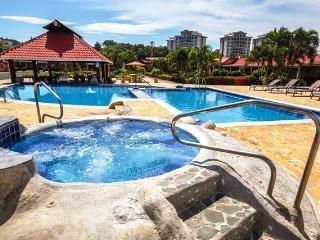 Beach Villa Fully Furnished in Jaco Beach B09